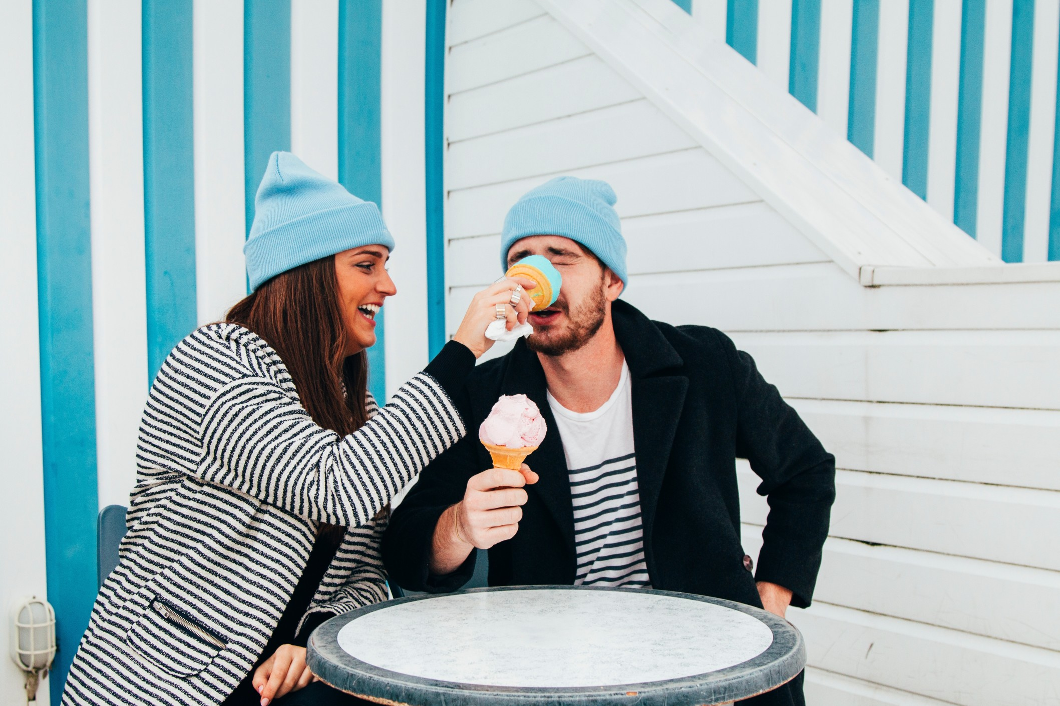 people-blue-couple-ice-cream-stripes-friends-funny-funny-hilarious-happy-lol-millennials-young-adults_t20_mo79Ov